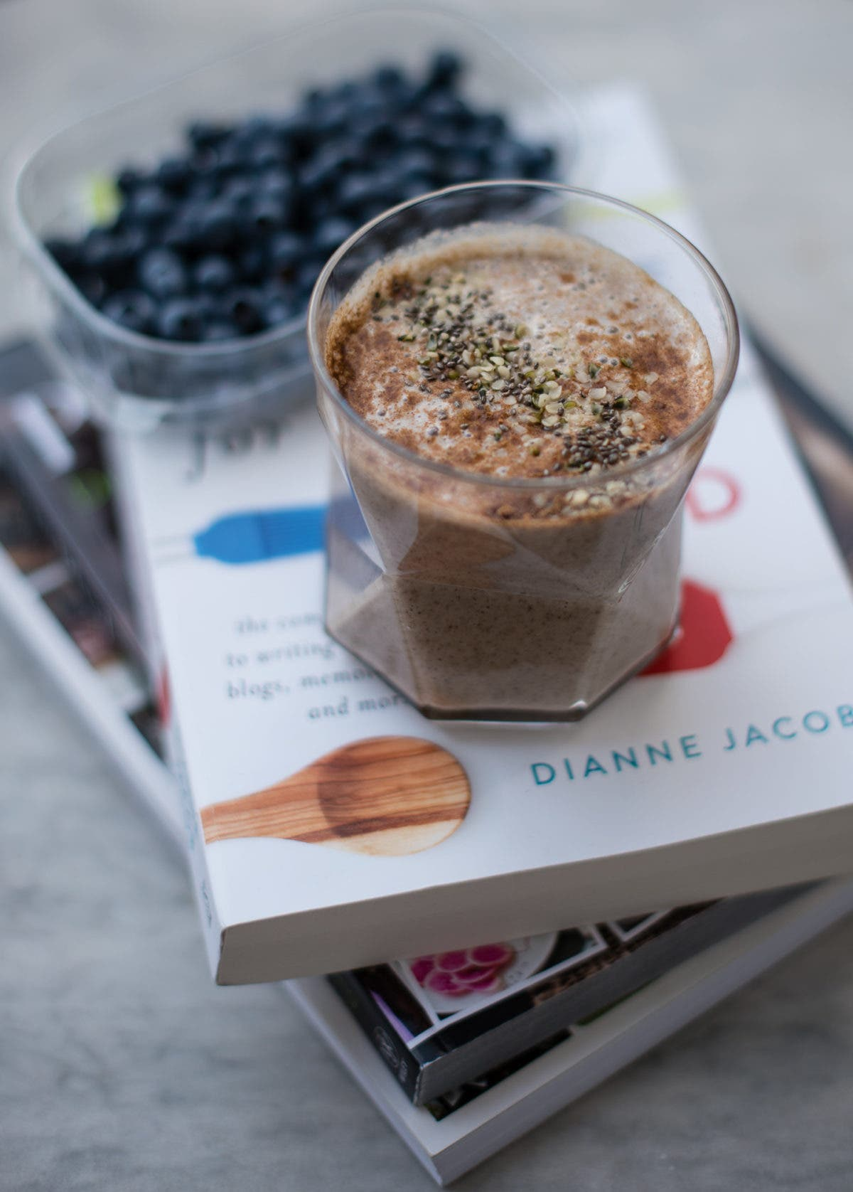 iced chia chai latte vegan u zuckerfrei rezept. Black Bedroom Furniture Sets. Home Design Ideas