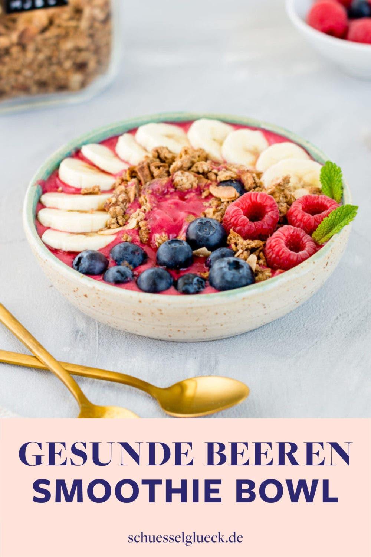 Pinke Smoothie Bowl mit Himbeeren, Banane und Kokos – der leckerste gesunde Start in den Tag!