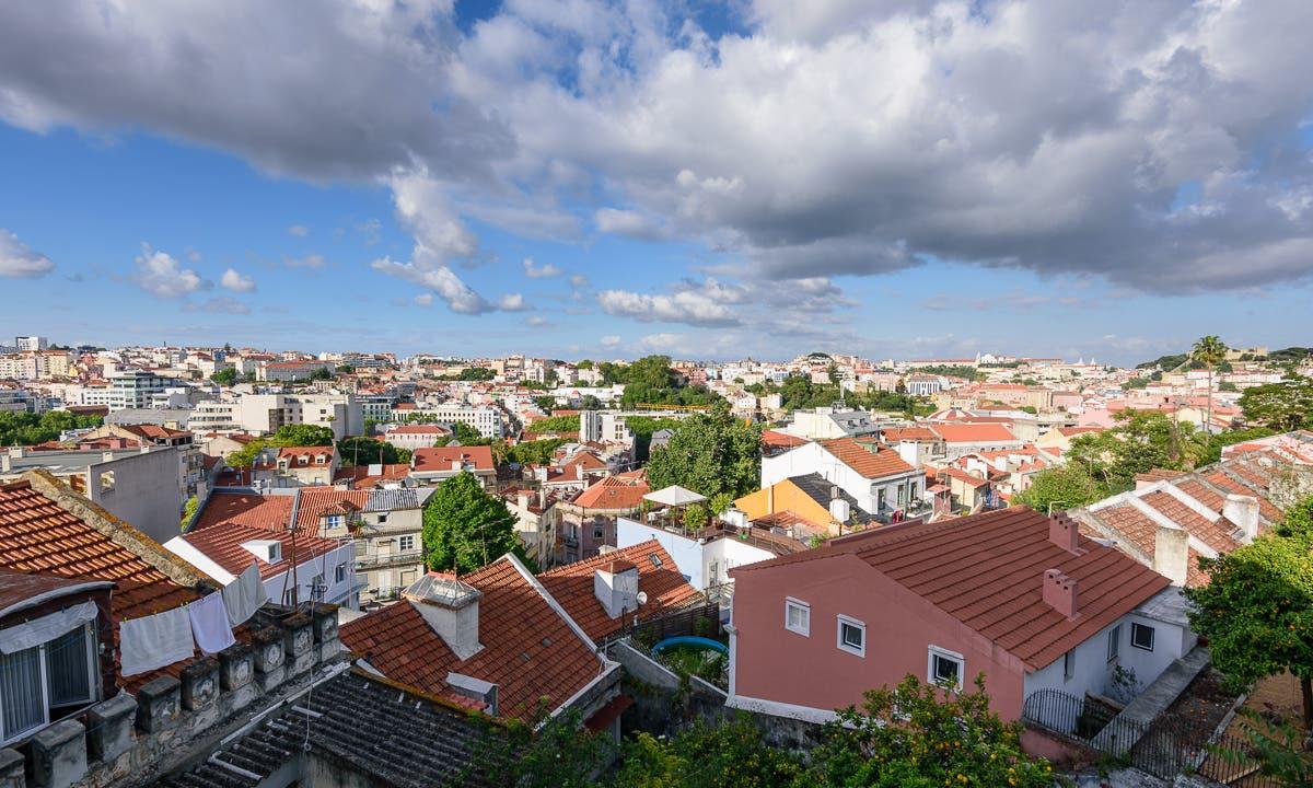 Blick über die Dächer Lissabons