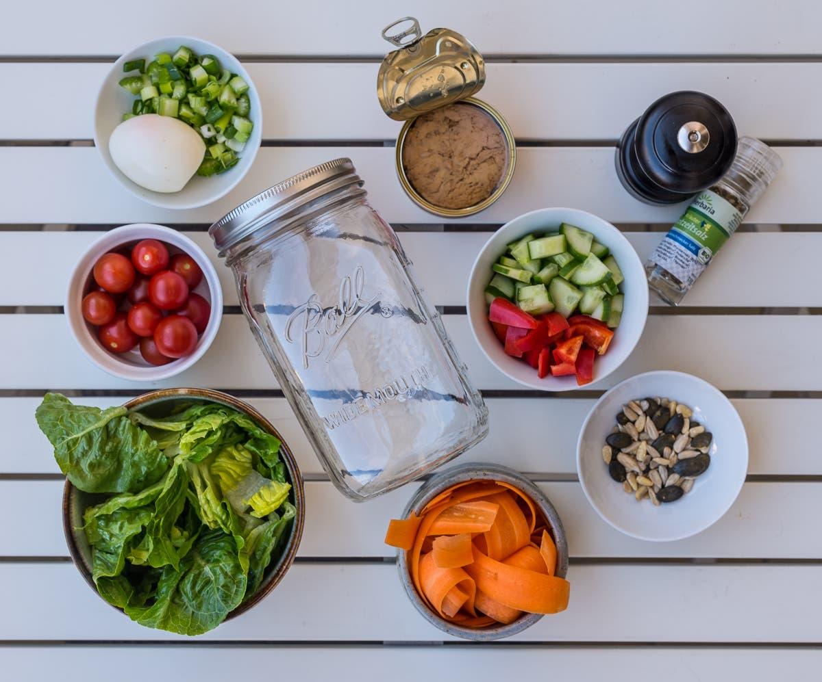 Salat im Glas Baukasten - Sommerliches Lunch Glück zum mitnehmen