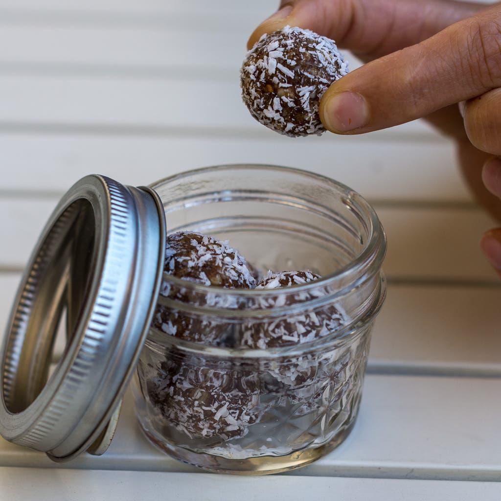 Salzkaramell-Blissball-Energiebällchen-Rezept-einfach